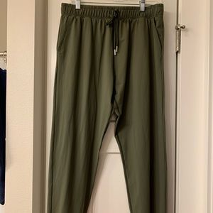 Olive Zyia Everywhere Pants